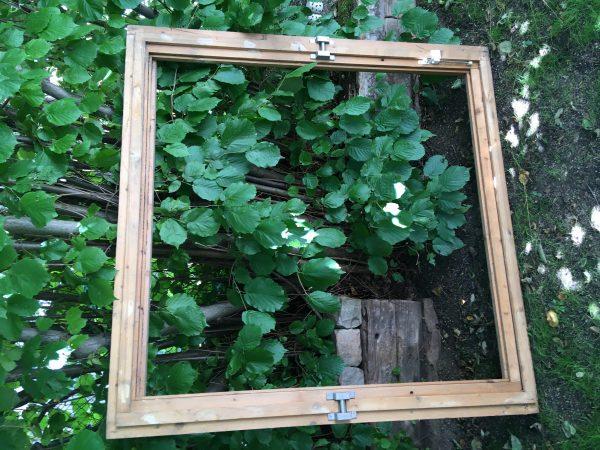 náhled Dřevěné okno 150/150