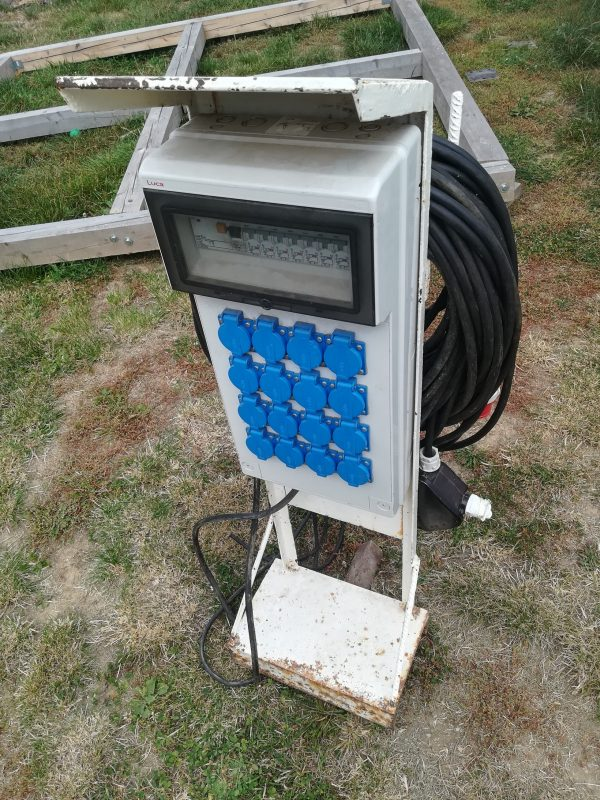 náhled Stavební zásuvkový rozvaděč s kabelem 60m