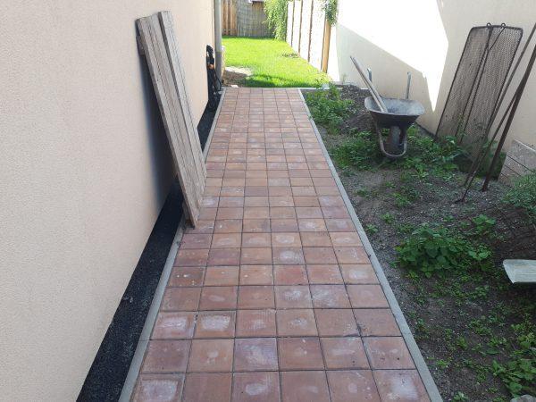 náhled Pojezdová betonová dlažba 200x200x80 červená 10m2
