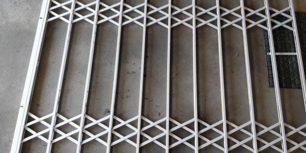 náhled Bezpečnostní nožové mříže