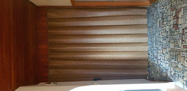 náhled Prodám posuvné koženkové dveře