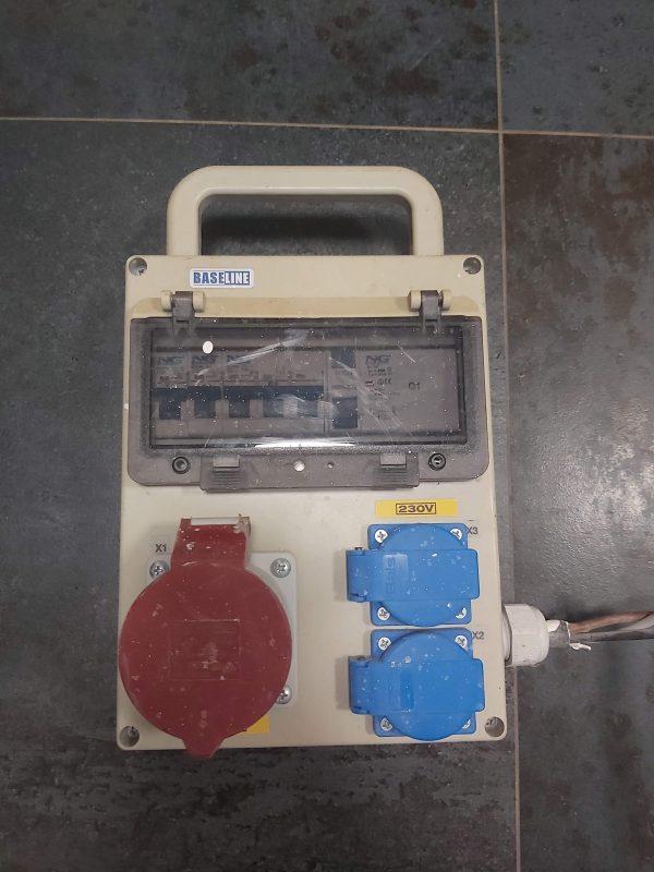 náhled Zásuvková skříň BaseLine NGE 32 007 M.01