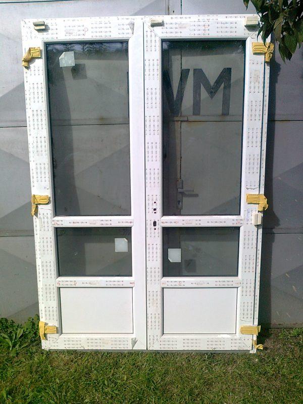 náhled Plastové dvoukřídlové balkonové dveře SULKO