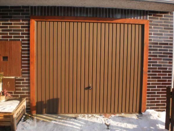 náhled  garážová vrata výklopná.