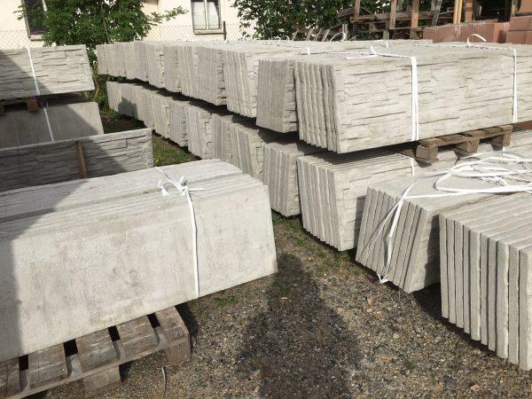 náhled Betonový plot - desky a sloupky