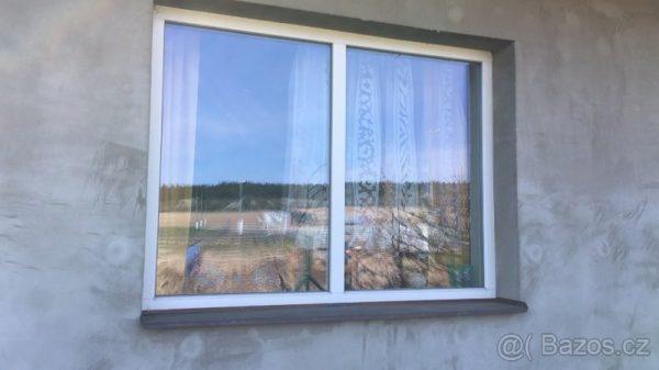 náhled Dřevěná fixní okna s trojskly - 2ks