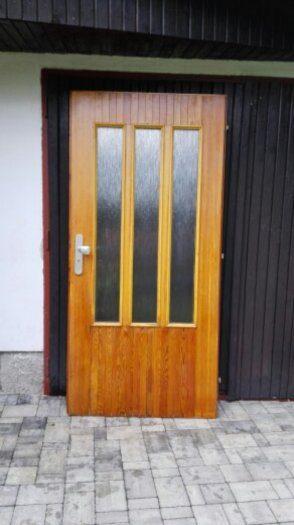 náhled Vchodové dřevěné dveře