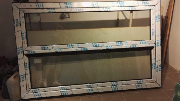 náhled Plastové dveře (okno)
