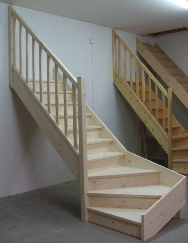 náhled Dřevěné smrkové schody