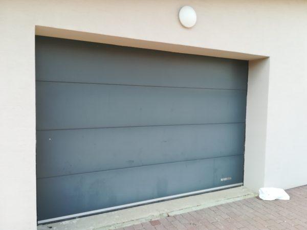 náhled Prodám garážová vrata